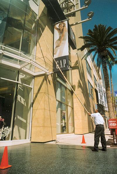 Gap Retail Store - Ellis Enterprises Building Maintenance Services
